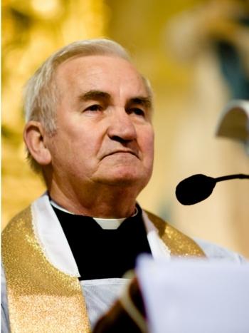 Duszpasterze związani z parafią – Parafia Rzymskokatolicka